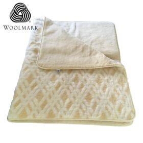 Gyapjú takaró rácsos mintás 130 x 200 cm